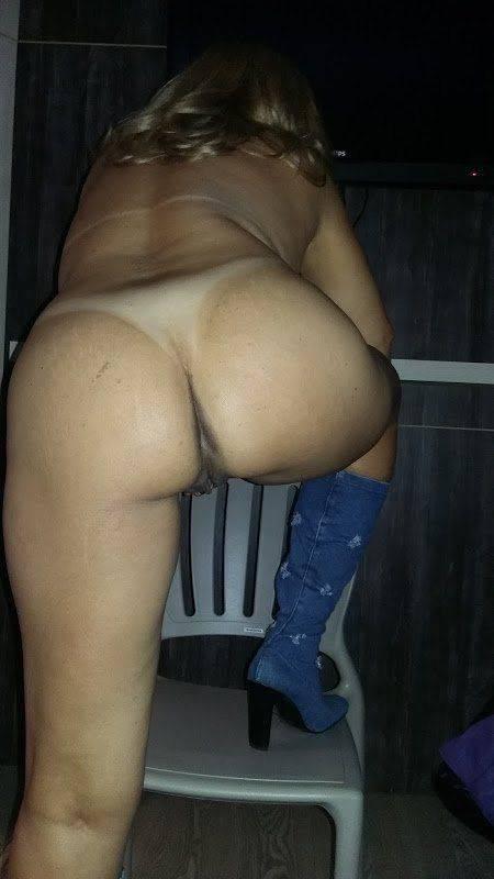 Loira casada gostosa querendo anal (14)