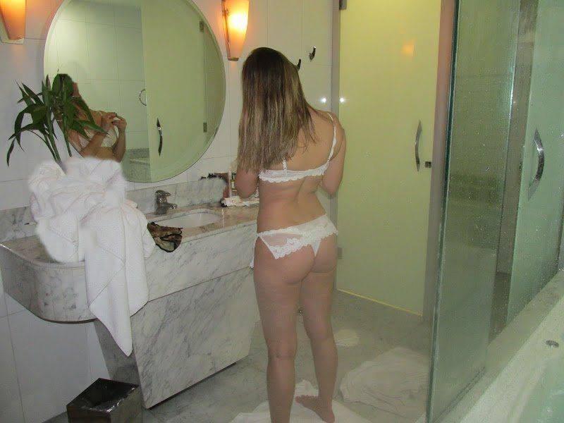 Fotos da esposa nua no motel (1)