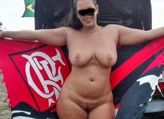 Fotos da esposa peituda pelada