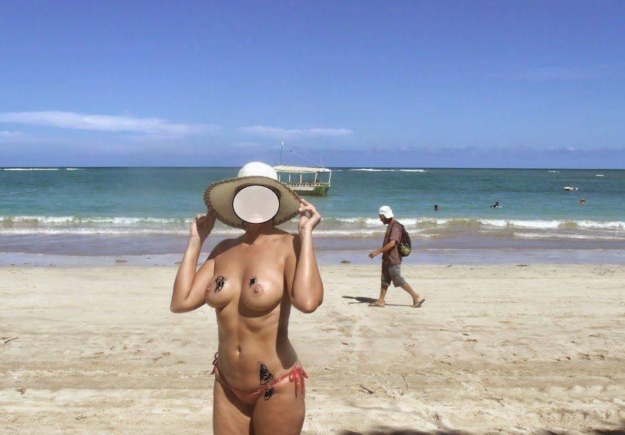 Fotos da esposa toda pelada na praia (1)