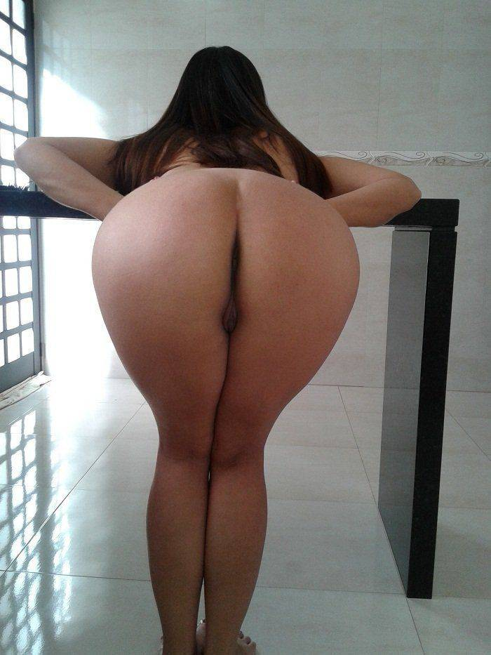 Raquel exibida mostrando a bunda gostosa (3)