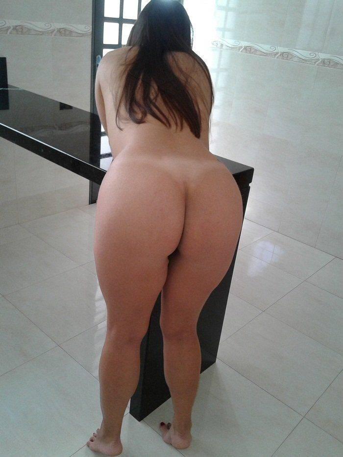 Raquel exibida mostrando a bunda gostosa (7)