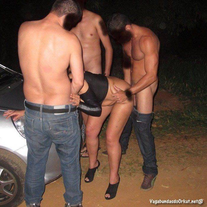 Casal amador fodendo na estrada (20)