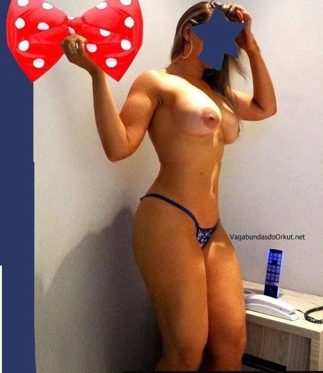 Loira peituda de corno fazendo sexo (13)