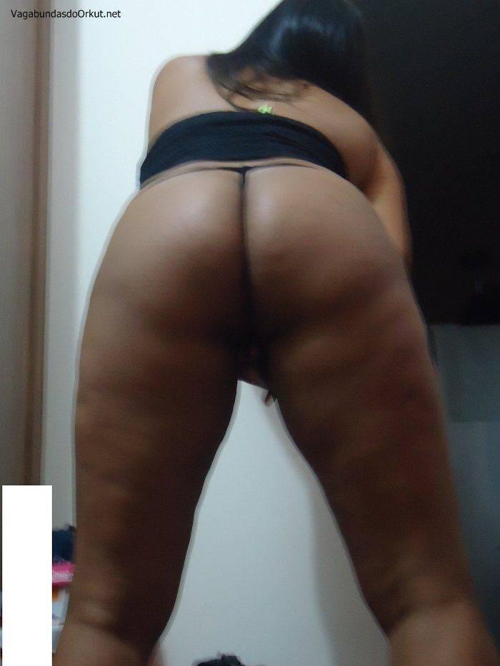 pretinha-gostosa-quer-machos-pra-sexo-16