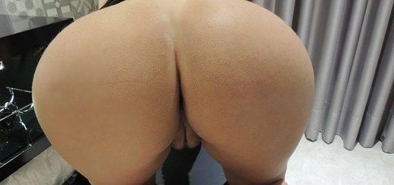 Fotos amadoras da loira bunduda deliciosa nua