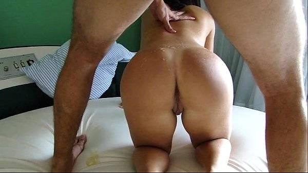 Gravando a esposa gostosa no motel fazendo sexo