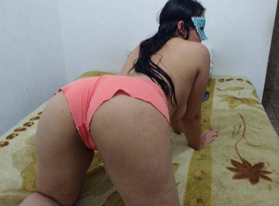 Morena vadia do ABC de pijama gostosa