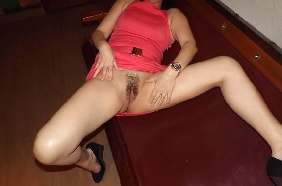 Fotos da esposa mostrando a buceta peluda