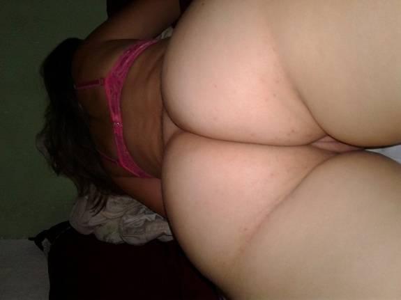 Fotos da namorada branquinha bucetuda peladinha