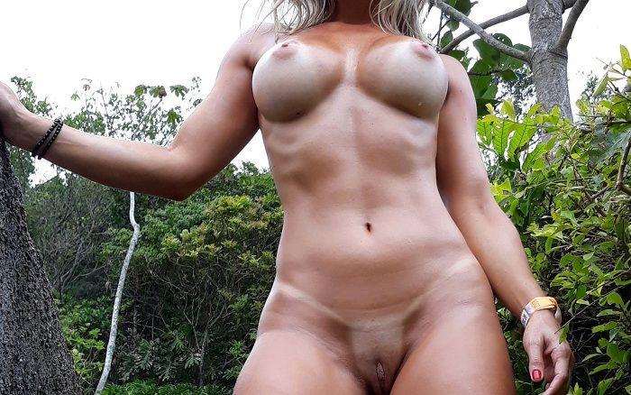Esposa nua gostosa toda sarada